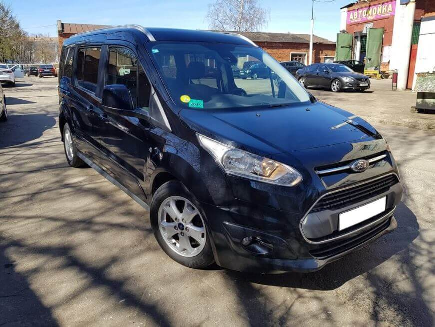 Аренда Ford Tourneo Connect